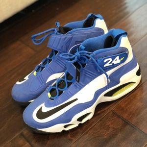 Ken Griffey Jr sneakers